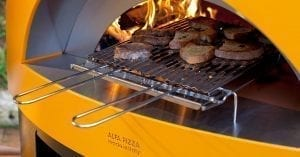 Primo Maggio all'aperto: fuoco alle braci e accendiamo barbecue e forni a legna