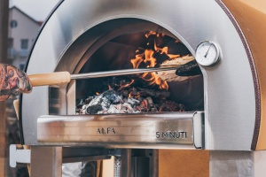 Ten good reasons to buy an outdoor wood-fired oven.