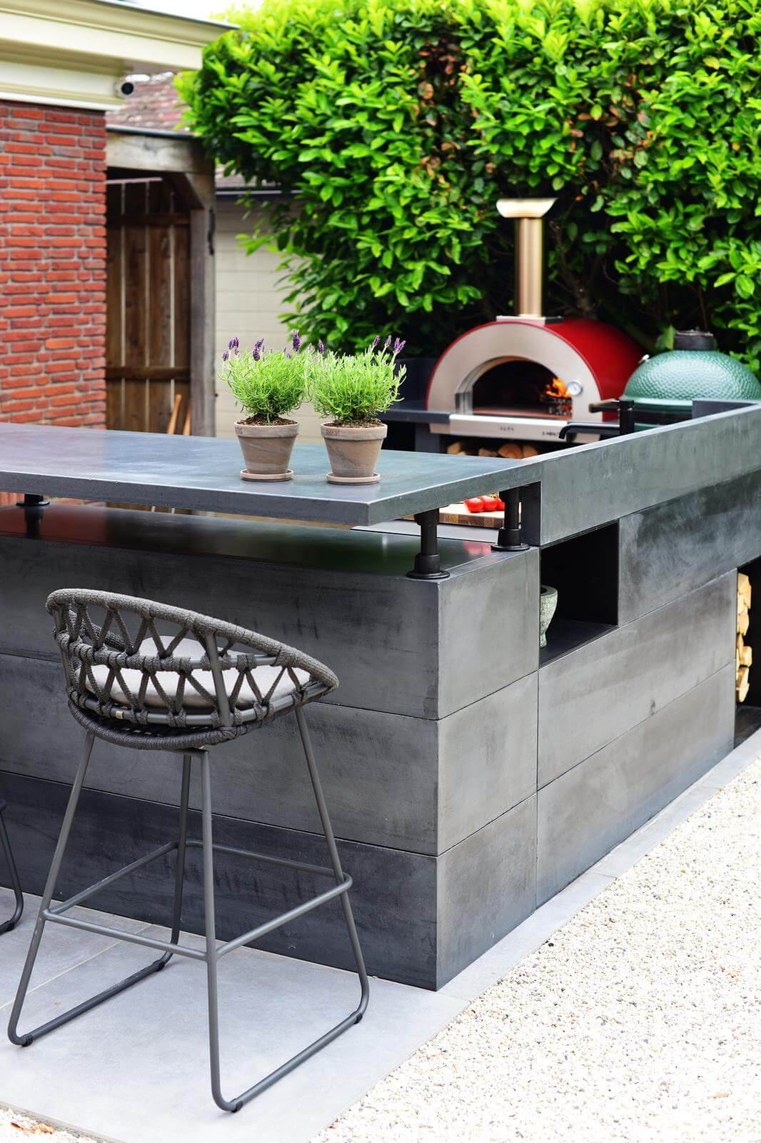 outdoor-living-with-alfa-forni