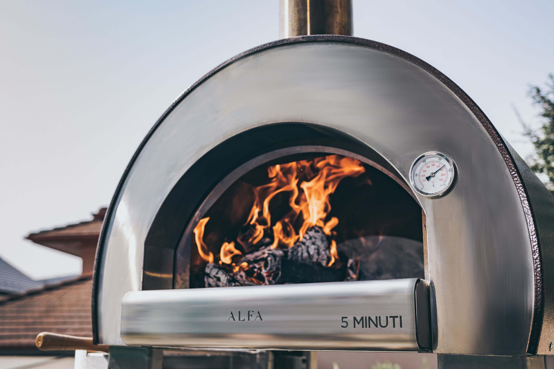 Forno A Legna Con Camino le caratteristiche che i migliori forni a legna per pizza